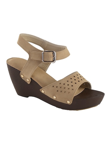 109407a92 Wedge heels comfort zone for ladies