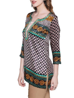 Green color  crepe straight  three quarter sleeve kurti - 15063846 - Standard Image - 2
