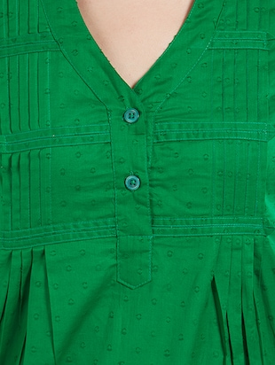solid green cotton top - 15116266 - Standard Image - 5