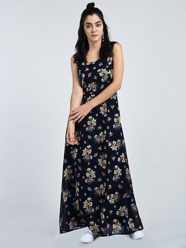 31ee7e62ea4c8 Dresses for Ladies - Upto 70% Off