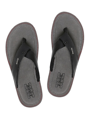 a5d863743bb0 Slippers   Flip Flops for Men - Buy Leather Slippers Online in India