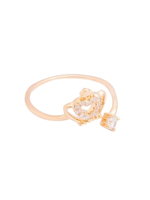 gold metal ring - 15179779 - Standard Image - 2