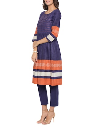 flared embroidered kurta - 15187005 - Standard Image - 2