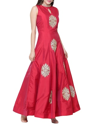 Red embroidered silk flared gown - 15195495 - Standard Image - 2