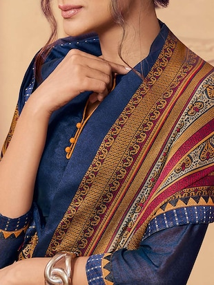 blue bordered saree with blouse - 15257648 - Standard Image - 2