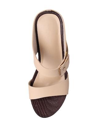 a7cd7fcf6c8 Buy Sindhi Footwear Wedges for Women from Sindhi Footwear for ₹730 ...