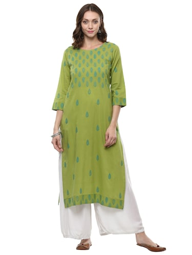 b808ebe55701 Women Clothing Online- Shop Fashion for Women Online in india