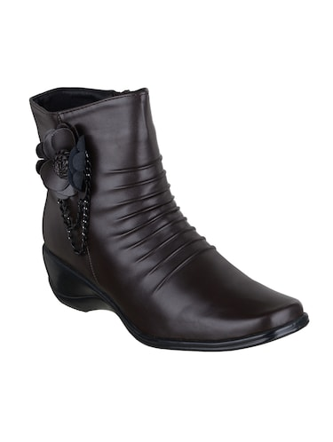 9f95b3386b60 Boots for Women - Upto 65% Off