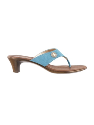 light blue toe separator sandals - 15340001 - Standard Image - 2