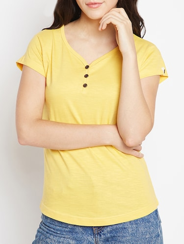 T Shirts for Women - Upto 70% Off  e02eb4963