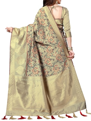 zari woven banarasi silk saree with blouse - 15345837 - Standard Image - 2