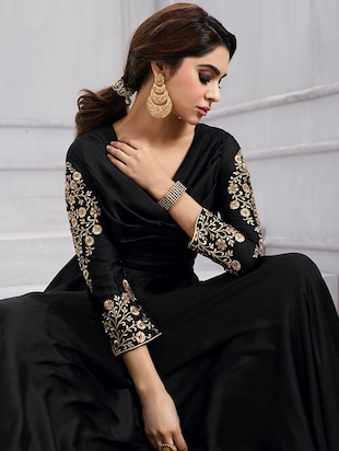 Embroidered semi-stitched flared suit - 15388368 - Standard Image - 2