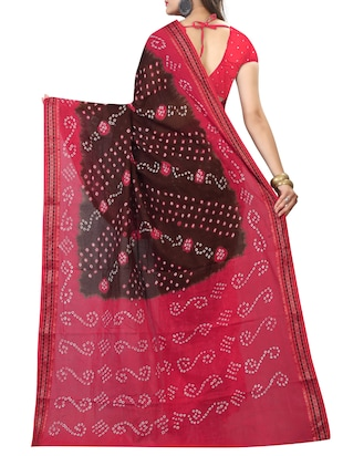 Contrast bordered bandhani saree with blouse - 15413697 - Standard Image - 2