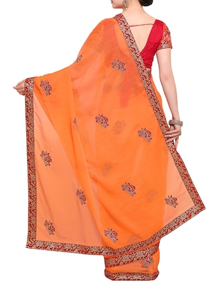 contrast floral thread embroidered saree with blouse - 15416242 - Standard Image - 2