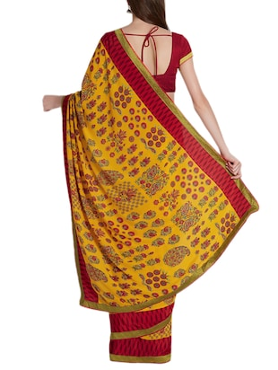 Ditsy floral printed saree with blouse - 15419477 - Standard Image - 2