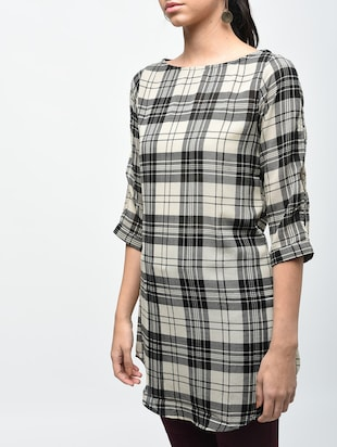 plaid boat neck tunic - 15419513 - Standard Image - 5