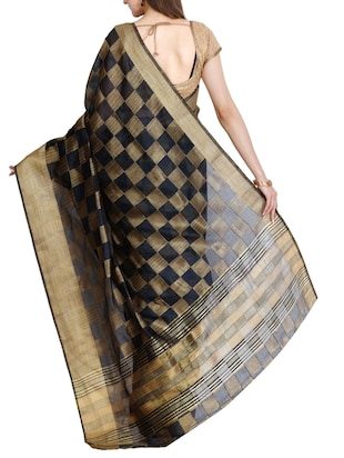 contrast checkered tussar saree with blouse - 15435663 - Standard Image - 2