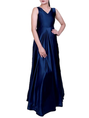 Flared satin sleeveless gown - 15462770 - Standard Image - 2