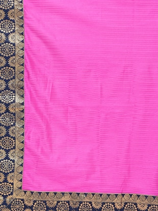 contrast jacquard border saree with blouse - 15482350 - Standard Image - 5