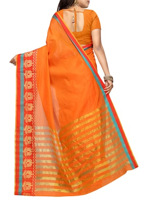 Contrast bordered kanjivaram saree with blouse - 15496466 - Standard Image - 2