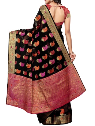 Paisley maheshwari saree with blouse - 15497534 - Standard Image - 2