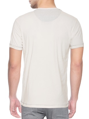 white cotton blend chest print tshirt - 15500124 - Standard Image - 2