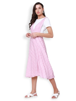 738644b0266 Buy Checked Pinafore Dress for Women from Tokyo Talkies for ₹924 at 50% off