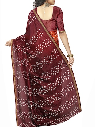 Zari bordered bandhani saree with blouse - 15607565 - Standard Image - 2