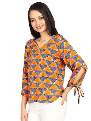side tie up sleeved geometric print top - 15615542 - Standard Image - 2