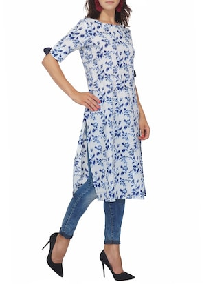 Printed straight kurta with tassels - 15620847 - Standard Image - 2