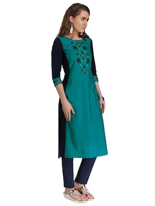 Straight embroidered kurta - 15621820 - Standard Image - 2