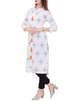 Printed straight kurta with tassels - 15626356 - Standard Image - 2