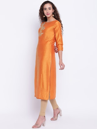 Embroidered silk straight kurta - 15649808 - Standard Image - 2
