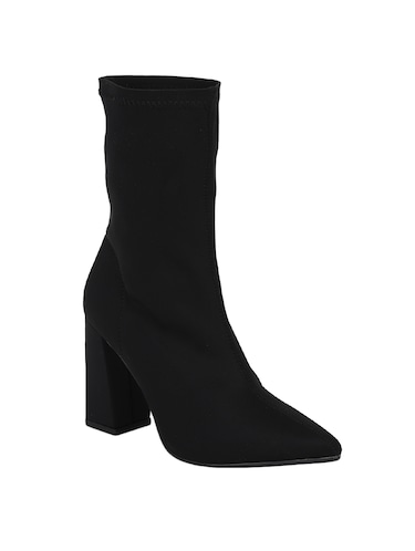 3ecd18a0fa Boots for Women   Buy Chelsea, Chukka & Ankle Boots at Limeroad
