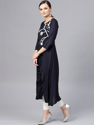 Navy cowl embroidered kurta - 15696058 - Standard Image - 2