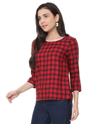 round neck checkered top - 15728395 - Standard Image - 2