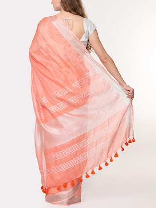 contrast border linen handloom saree with blouse - 15728560 - Standard Image - 2