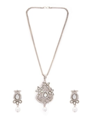 silver metal necklaces and earring - 15731222 - Standard Image - 2