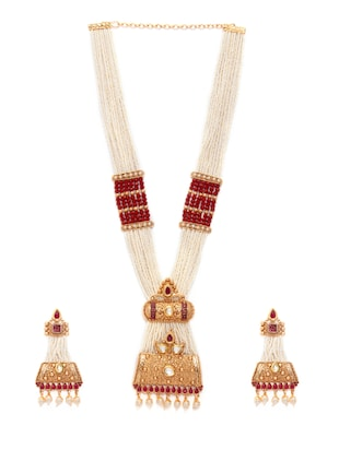 gold metal necklaces and earring - 15731228 - Standard Image - 2