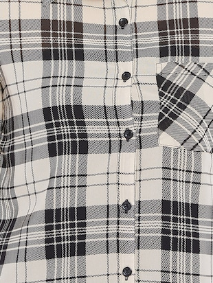 roll up sleeved checkered shirt - 15735935 - Standard Image - 5