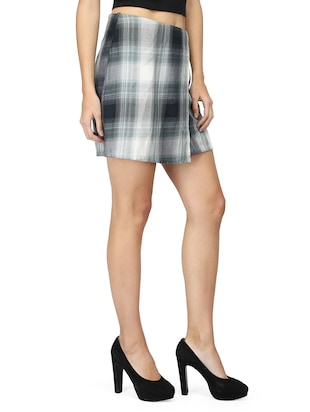 front overlap checkered skirt - 15736808 - Standard Image - 2
