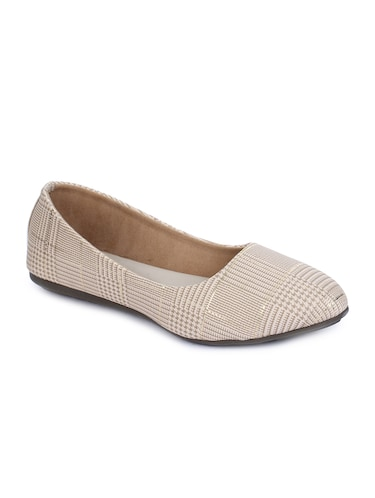50db8cab534 Buy Quirky Graphic Shoes for Women from Yepme for ₹499 at 0% off ...