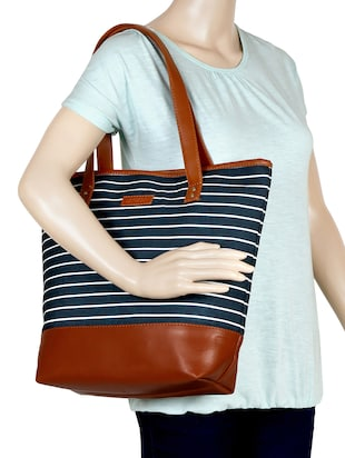 black canvas regular tote - 15892458 - Standard Image - 5