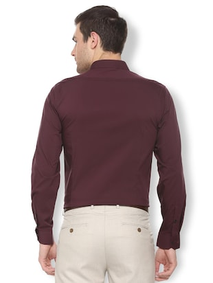 maroon solid formal shirt - 16113662 - Standard Image - 2