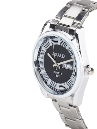 Metal strap analog watch (WPUV1P00019_1) - 16129889 - Standard Image - 2
