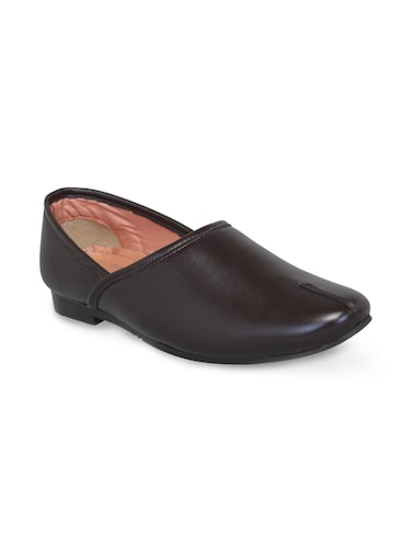 brown leatherette slip on jutis - 16174307 - Standard Image - 1