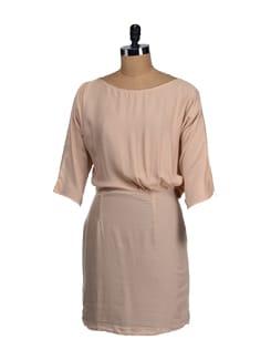 Frappe Back Keyhole Dress - Femella
