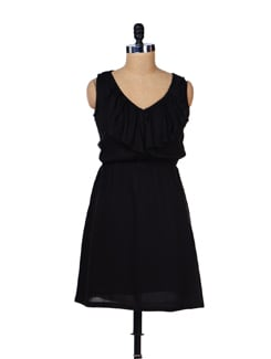 Ruffled Black Dress - Femella