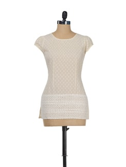 Textured Off-White Cotton Top - ENAH