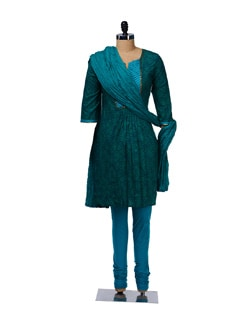 Pleated Green Suit - KURTAWALA